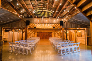 Barn Wedding at Hollow Hill