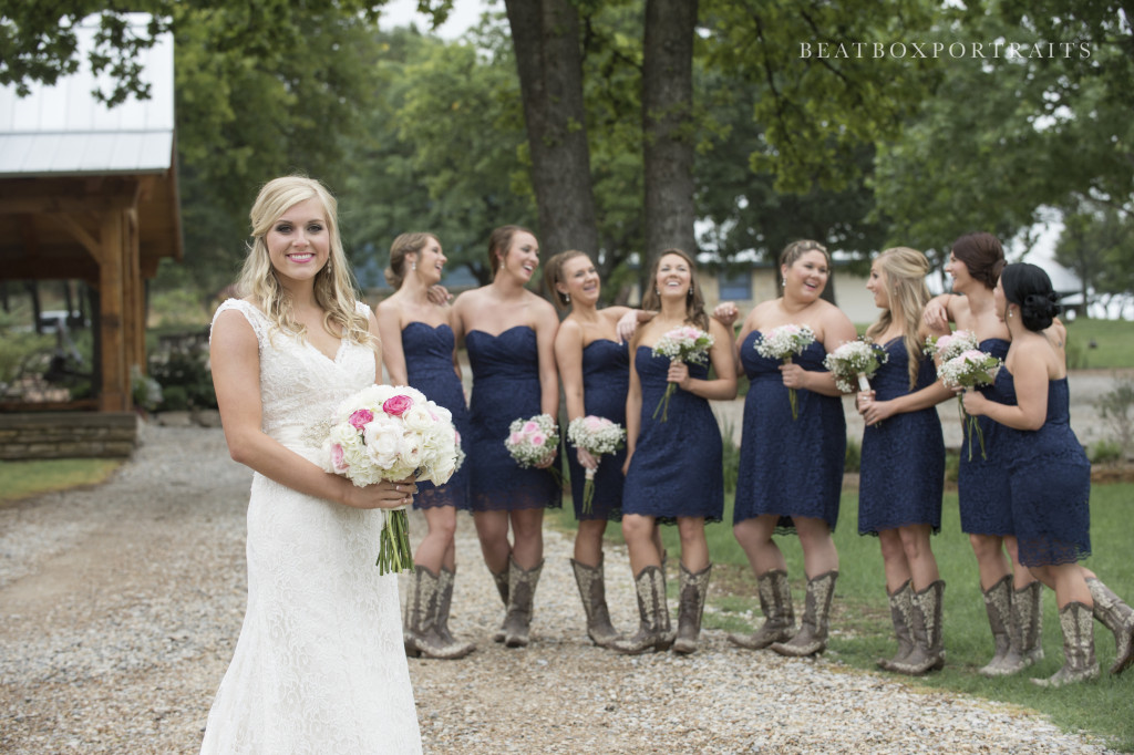 A happy bridal party in the country in Weatherford, TX