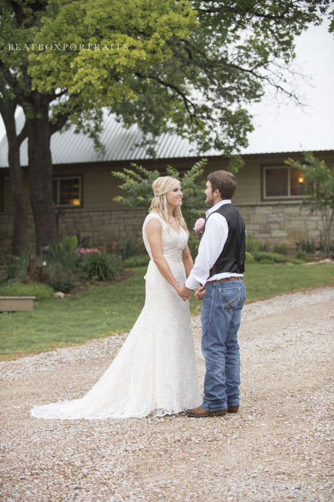 "Come say ""I do"" at the outdoor wedding venue in DFW, TX"