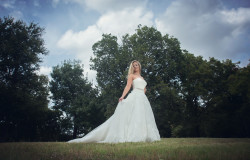 bride photoshoot outdoors fort worth