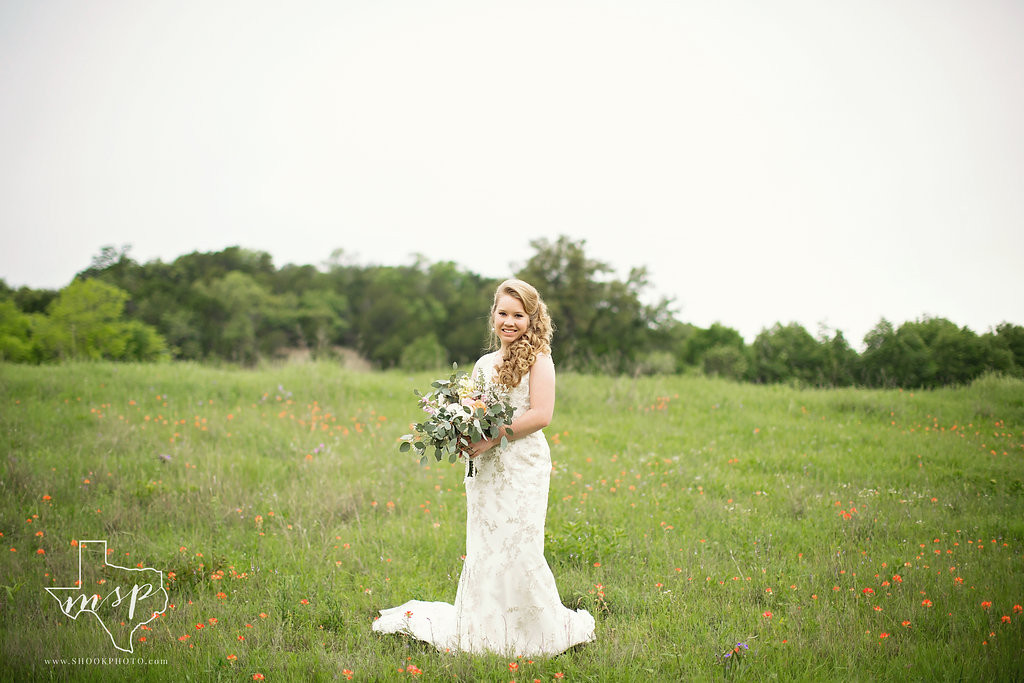 Field of spring wildflowers at this outdoor wedding venue in Weatherford, TX