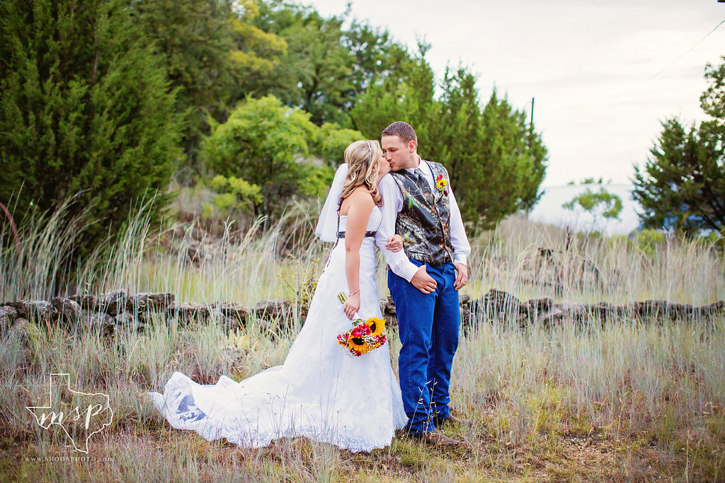 Hollow Hill boasts many naturalistic scenic backdrops for your special day