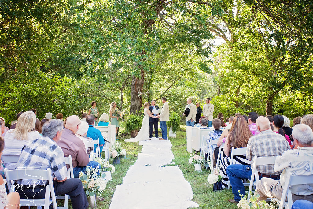 Hollow Hill offers a beautiful outdoor ceremony site nestled under the shade of native pecan trees