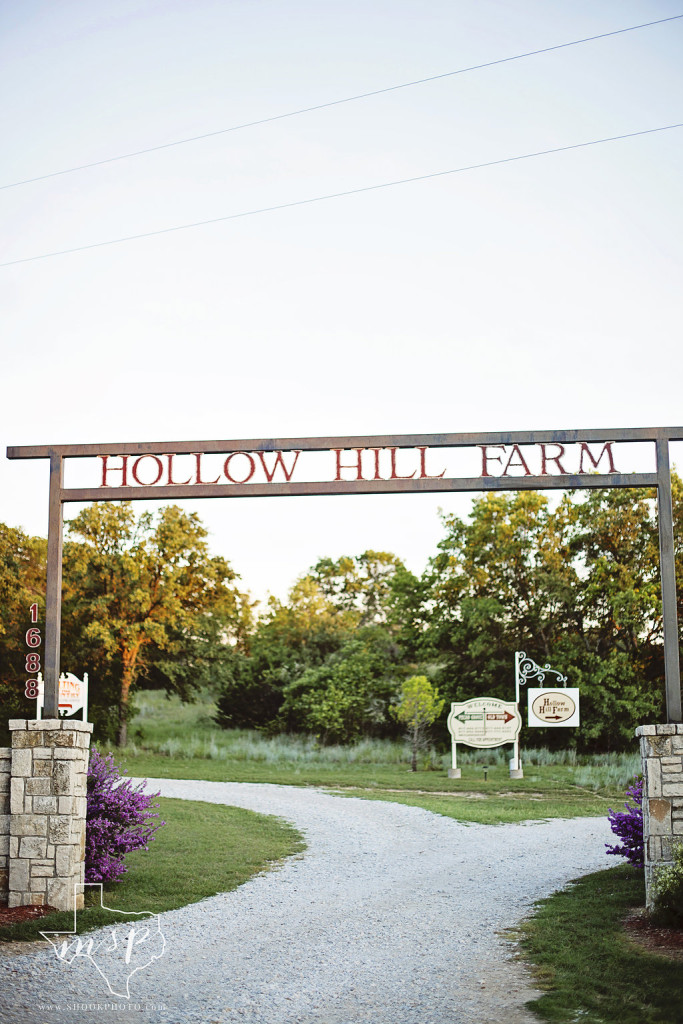 Hollow Hill is located in the relaxing countryside just northwest of Ft. Worth, TX