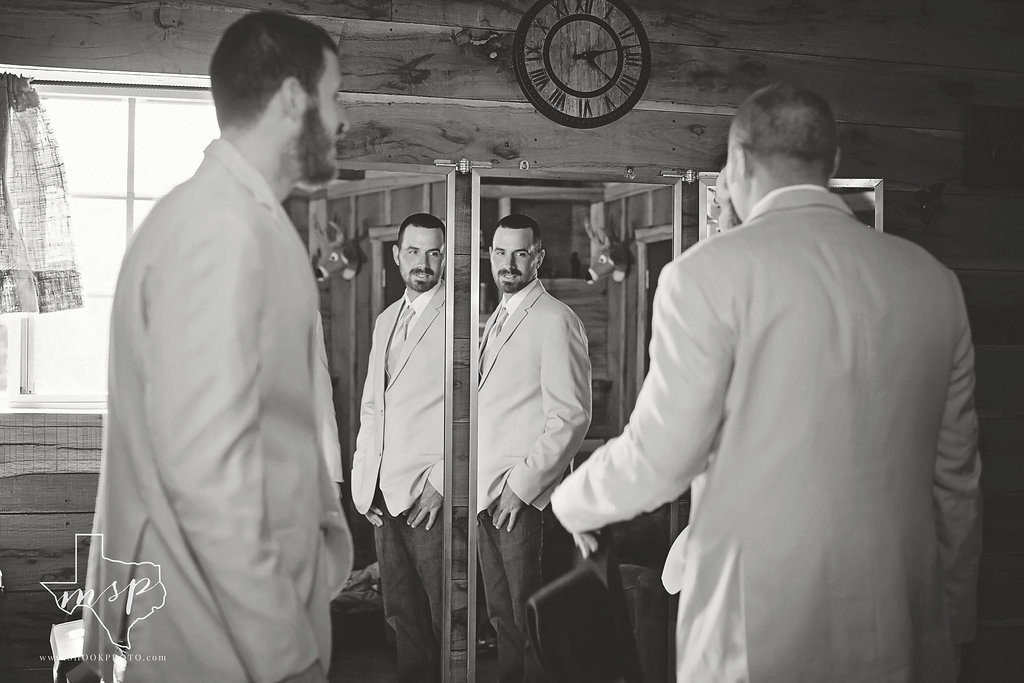 There's room for all the groomsmen to get ready in Hollow Hill's Bunkhouse