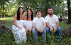 hollow hill venue family photoshoot
