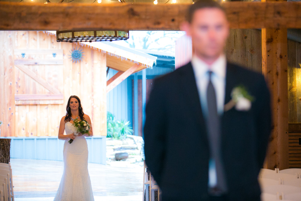 Wedding day portraits at Hollow Hill